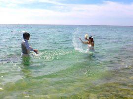 憧れの沖縄の海の中でフォトウェディング