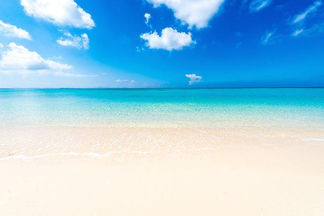 《2018年》おすすめチャペルBEST3♡海を望む沖縄リゾートウェディング!