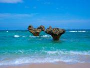沖縄はフォトスポットの宝庫!まるで海外?ウェディングフォトの最新スポット特集5選~海ver~