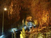 沖縄にある東洋一の鍾乳洞「玉泉洞」