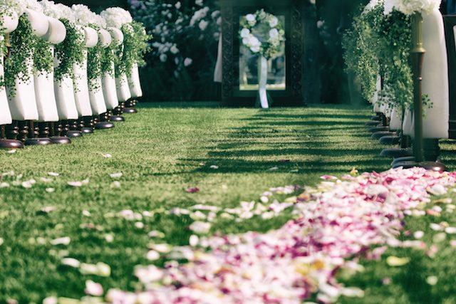 外国風結婚式をしよう!沖縄ではガーデンウェディングがオススメ!