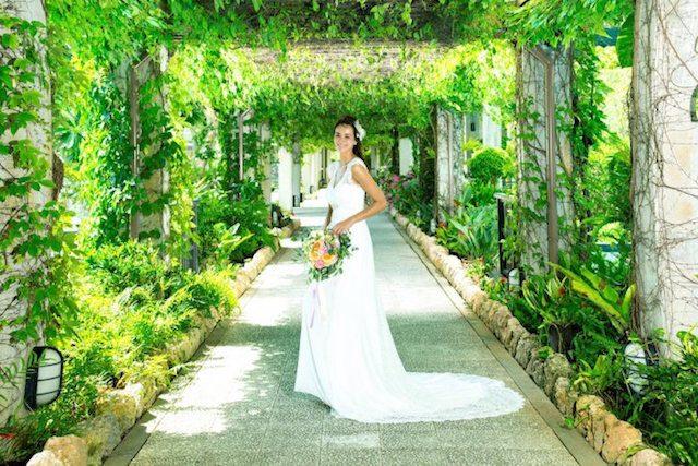 オクマ・フェリシア教会で総天然色のリゾート婚~3つの魅力~(JAL プライベートリゾート オクマ)