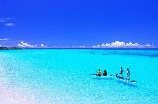綺麗な海を堪能できる人気のSUPも体験しちゃいましょう!