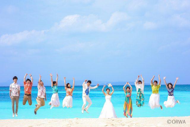 沖縄の正装かりゆしウェアで結婚式*着用シーンから入手方法まで