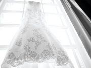 沖縄のドレスショップまとめ*ウェディングプラン付きショップも紹介